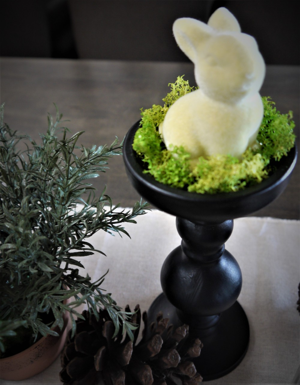 easter-bunny-decor
