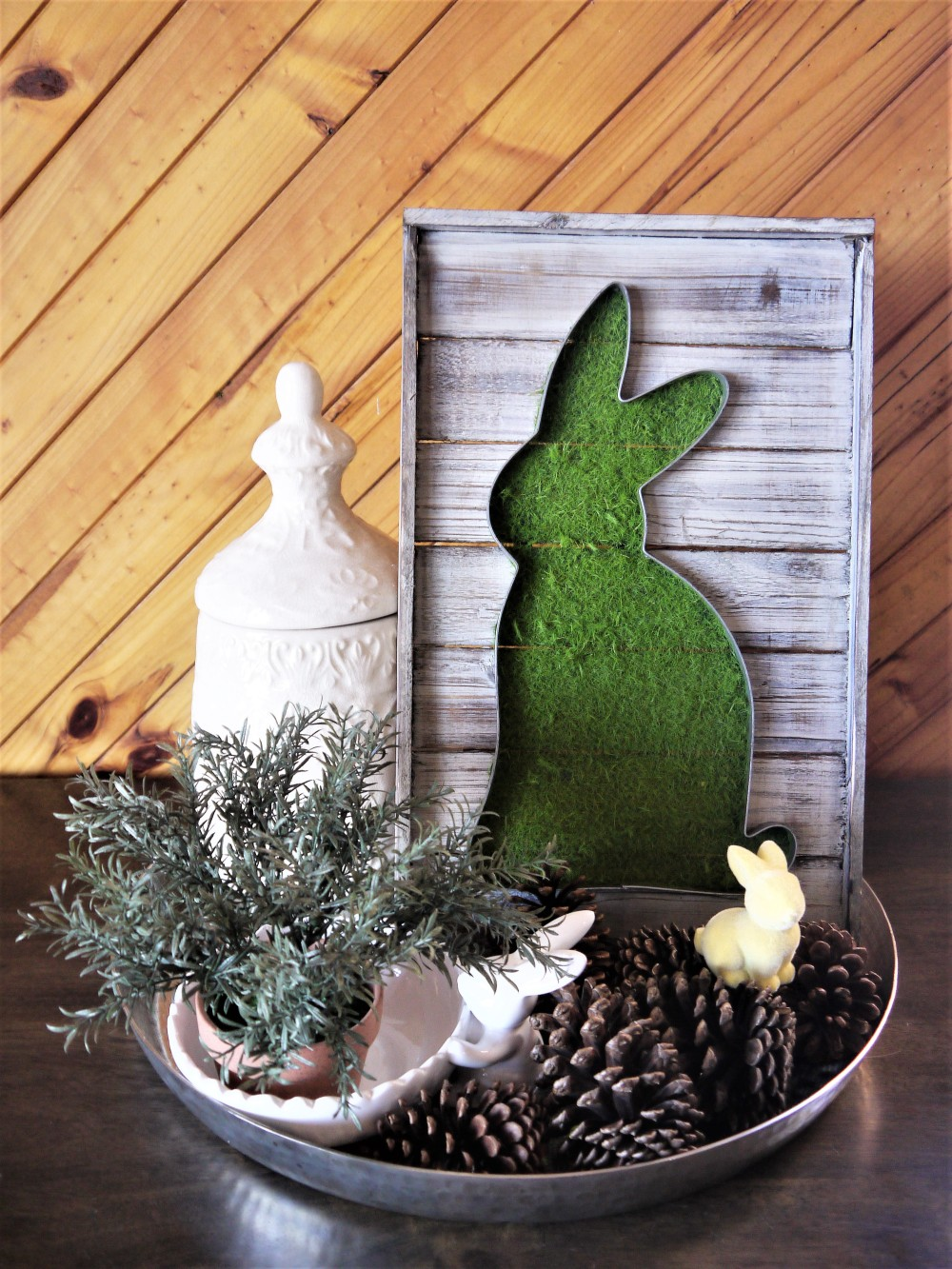 easter-coffee-table-decor